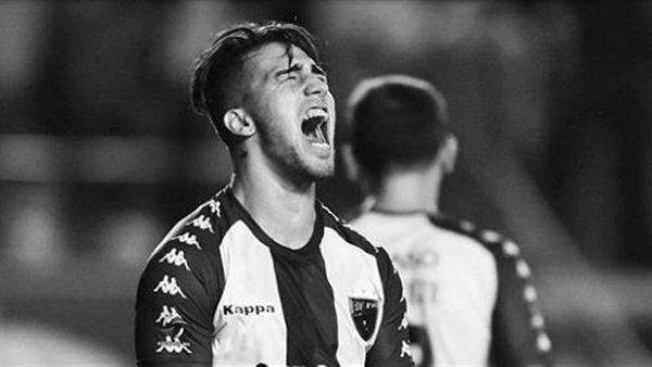 لاعب أرجنتيني