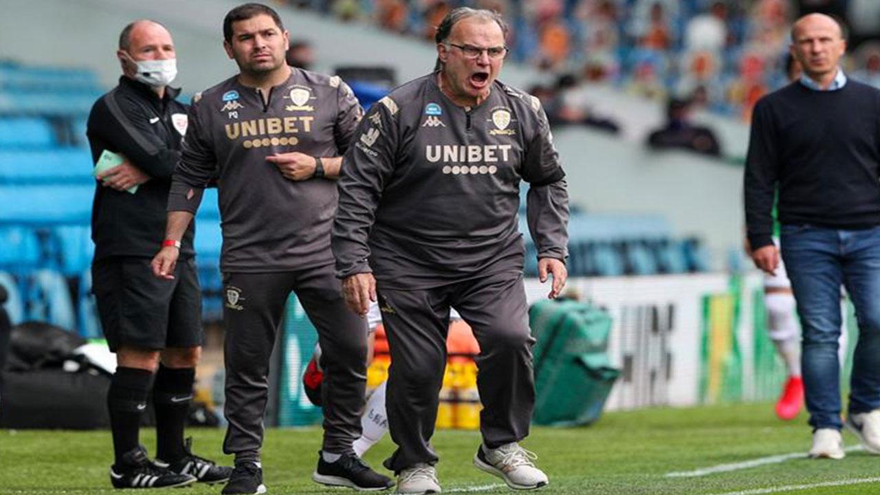 """ليونيل ميسي يطالب برشلونة بالتعاقد مع المدرب """"العبقري ..."""